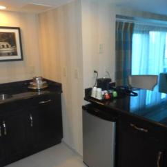 Anaheim Hotels With Kitchen Near Disneyland Free Remodel March 17 2016 Area Room 2598 Frontierland Tower Picture Of Hotel