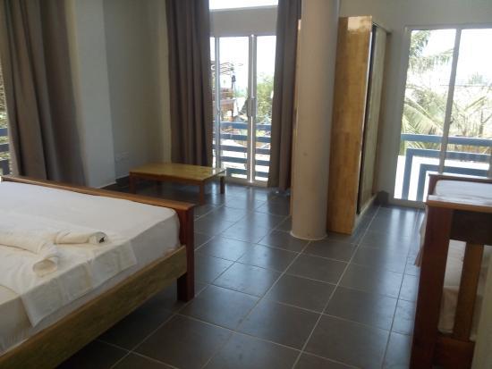 Sok Heng Guesthouse Koh Rong Kamboja Review Losmen