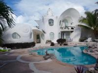 The Incomparable Shell House, Isla Mujeres -- little shell ...