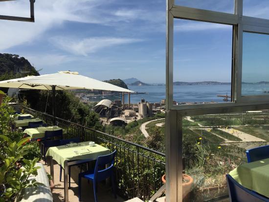 Nisida e i campi flegrei dalla terrazza  Picture of Ristorante Calasole Naples  TripAdvisor