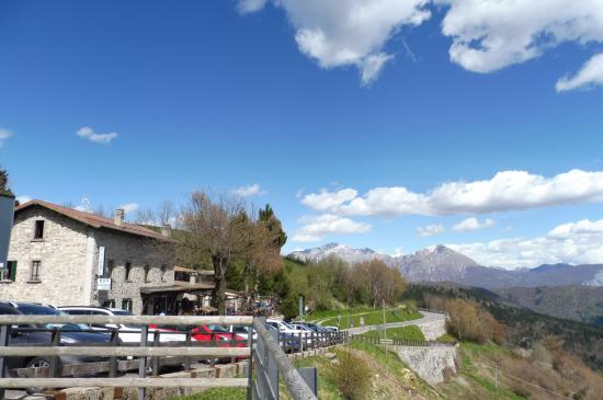 Paesaggio fantastico  Picture of Baita Ristoro La Colma Sormano  TripAdvisor