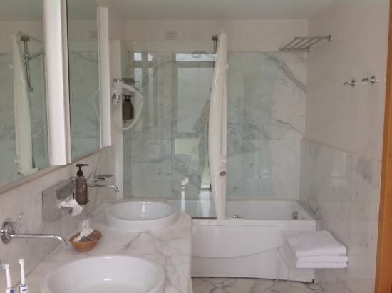 Bagno con Jacuzzi  Foto di Hotel delle Rose Terme