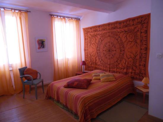 chambre cerise orange photo de cheval