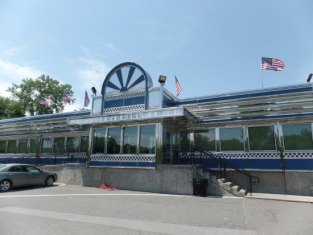 Blue Colony restaurant. - Picture of Blue Colony Diner, Newtown ...