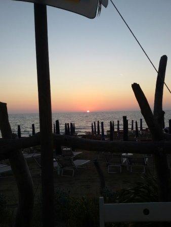 Ingresso dalla spiaggia  Foto di Bagno Baratti Baratti  TripAdvisor