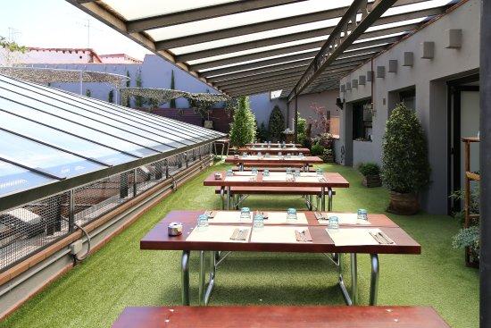 Foto de la terraza del restaurante el Paracaidista