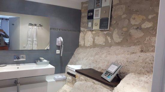 hotel le mas d aigret salle de bain avec baignoire balneo