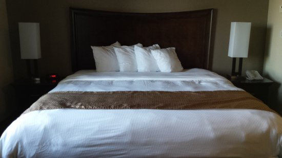 Mainstay Suites Winnipeg Comfy King Size Bed With An Incredibly Comfortable Mattress