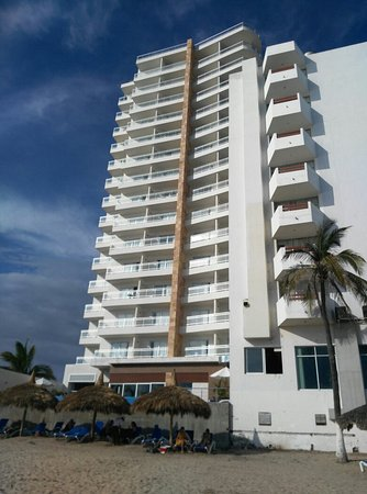 Pacific Palace Tower Beach Hotel desde 1079 Mazatln