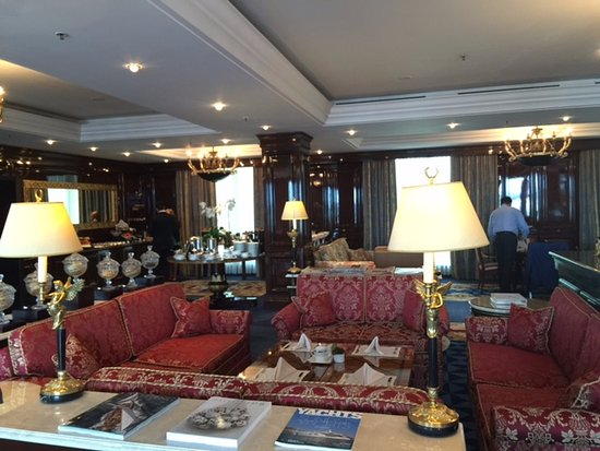 Club Lounge Luxurious Picture Of The Ritz Carlton
