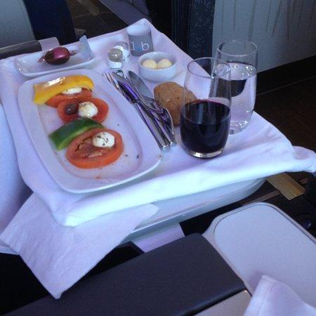 repas a bord 1er plat photo de air