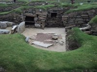 house... cupboard, fireplace :) - Picture of Skara Brae ...