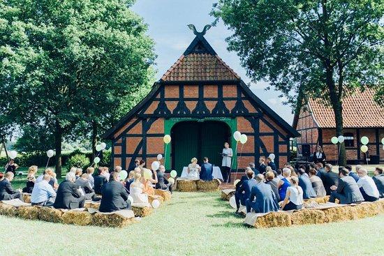 Freie Trauung Alte Schule beim Hof Frien  Bild von Hof Frien Uchte  TripAdvisor