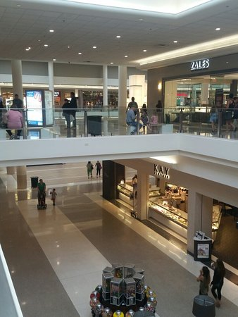 Yorktown Mall Stores : yorktown, stores, Shopping, Since, Yorktown, Center,, Lombard, Traveller, Reviews, Tripadvisor