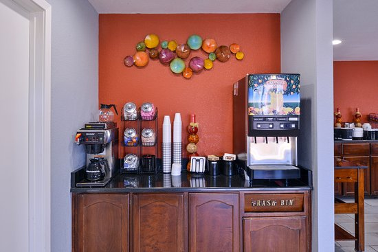 Lobby Coffee Area Picture Of Americas Best Value Inn