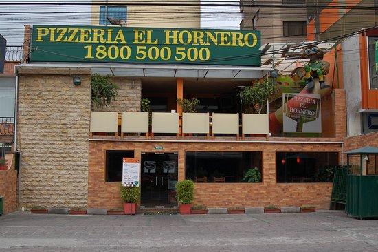 Pizzera El Hornero Quito  Republica del Salvador 1047