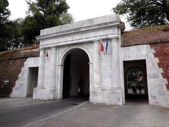 AGGIORNATO 2019 Porta Elisa Lucca  tutto quello che c