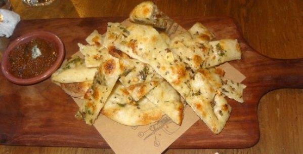 hand-stretched garlic bread - Picture of Jamie's Pizzeria, Gurugram  (Gurgaon) - Tripadvisor