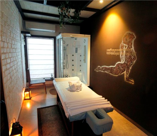 Massage Room  spa  CORE  Picture of Hotel Centre Point