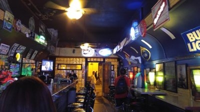 Fun dive bar - Picture of Smith's Union Bar, Honolulu ...
