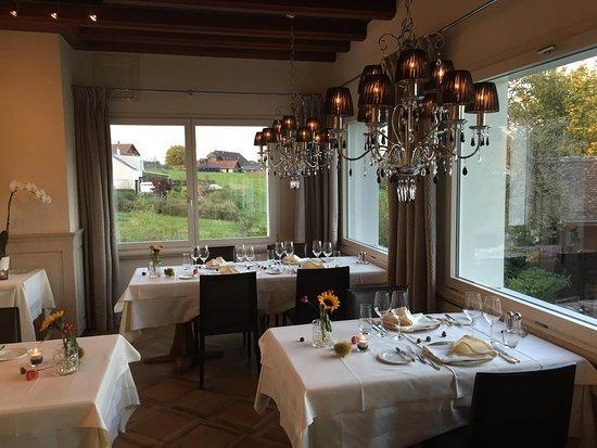 Esszimmer  Bild von Gasthaus Wildenmann Buonas  TripAdvisor