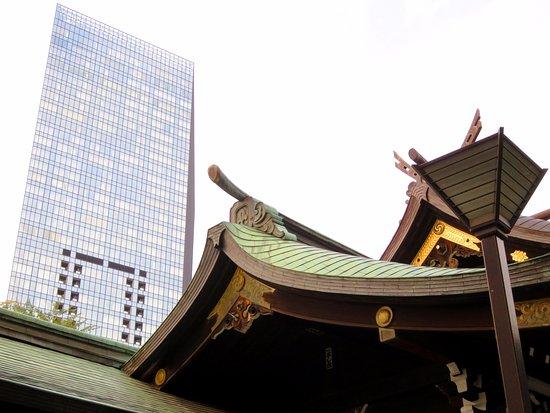 Old Modern Architecture At Kumano Shrine Shinjuku 21