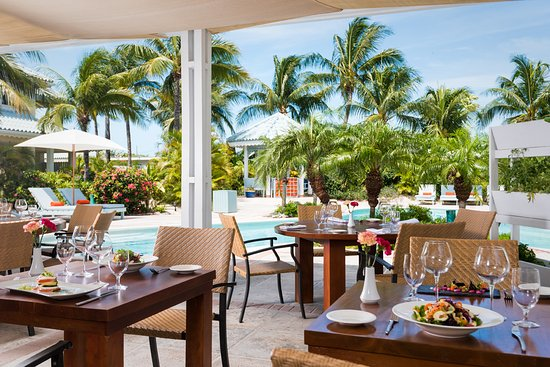 hotels with kitchen rustic table sets high five for sister sharing 218 providenciales traveller reviews tripadvisor