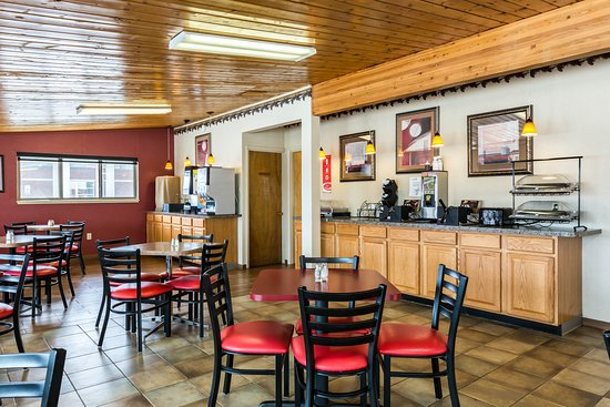 Econo Lodge Inn Amp Suites UPDATED 2017 Motel Reviews