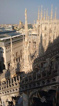 Vista de Milão - 米蘭多姆大教堂屋頂觀景臺的圖片 - TripAdvisor