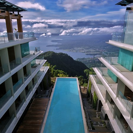 Best Hotel In Tagaytay Review Of Escala Tagaytay