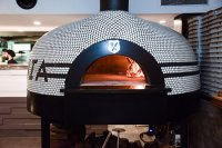 woodfired pIzza oven - Picture of Society Di Catania ...