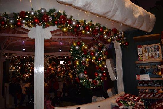Christmas City Decorations