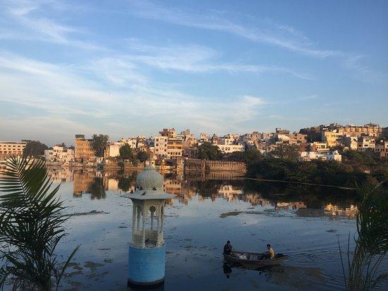RangSagar Lake - Udaipur | Amaze View