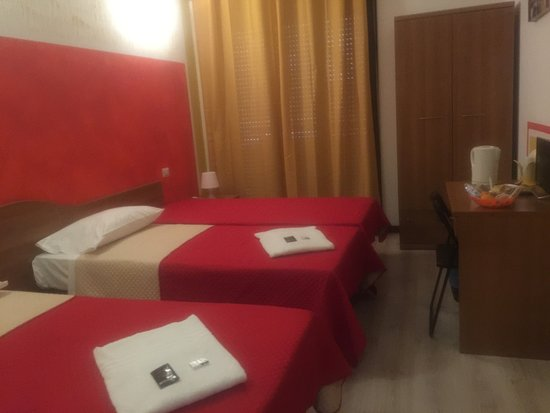 Camera Singola Doppia E Matrimoniale Picture Of Guest