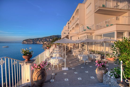 GRAND HOTEL RIVIERA Sorrento Itali  fotos reviews