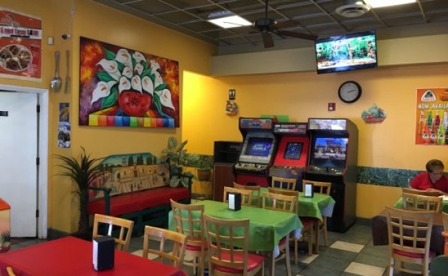 Arcade Games Picture Of Filiberto S Mexican Food