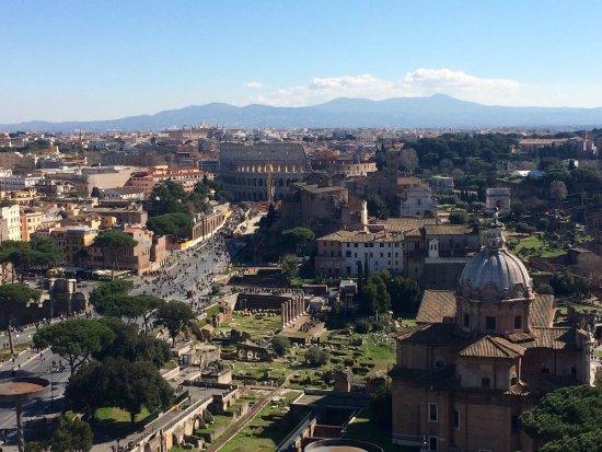 Roma dal Cielo Terrazza delle Quadrighe   Roma
