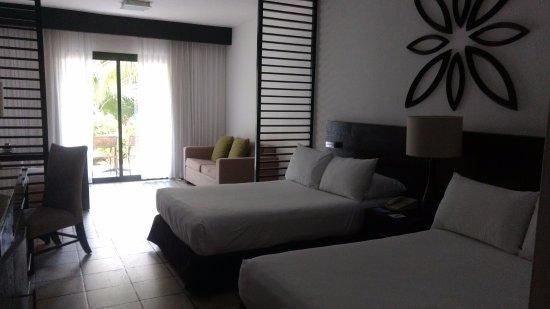 y sofa disney 2 camas full cama picture of ocean coral turquesa puerto