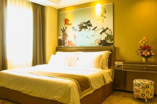 Travellers Hotel Phinisi Makassar Indonesia Ulasan