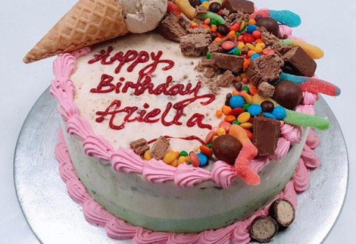 The Best Birthday Cake Is A Cold Rock Ice Cream Cake Fbcom