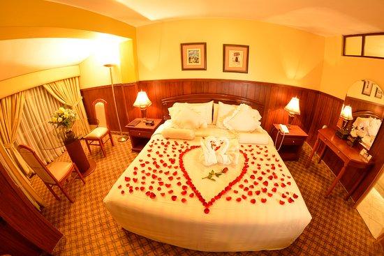 Habitacin Suite  Decorada para Noche de Amor  Picture