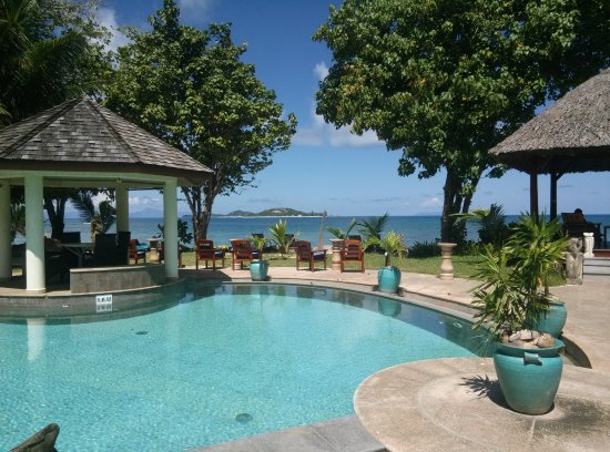 piscine avec jacuzzi  Picture of Castello Beach Hotel Anse Kerlan  TripAdvisor