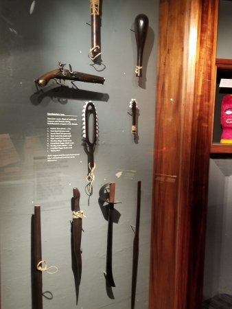 hawaiian weapons picture of