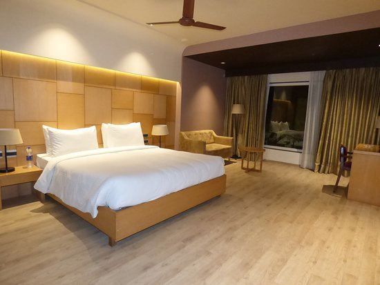 Hotel Charans Plaza Lucknow Hotel Reviews Photos Rate