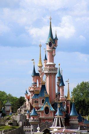 La Belle Au Bois Dormant Disney : belle, dormant, disney, Château, Belle, Dormant, Picture, Disneyland, Hotel,, Chessy, Tripadvisor