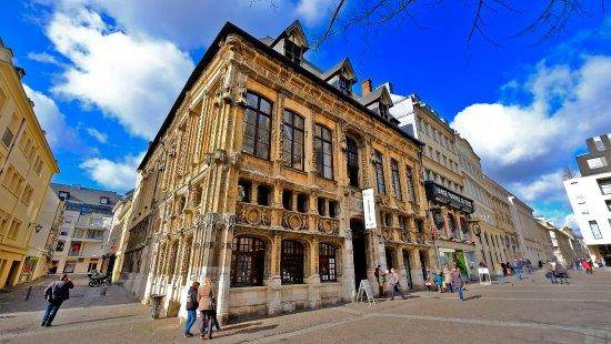 Espectacular edificio en pleno centro de Rouen - Opiniones de ...