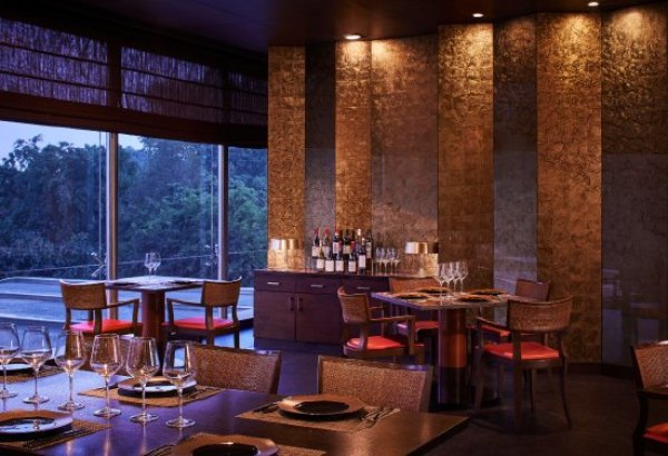 EAU DE MONSOON, New Delhi - Minto Road - Restaurant Reviews, Phone Number &  Photos - Tripadvisor
