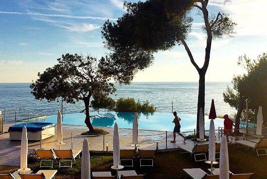 photo0jpg  Picture of Bagno Le Forbici Rosignano