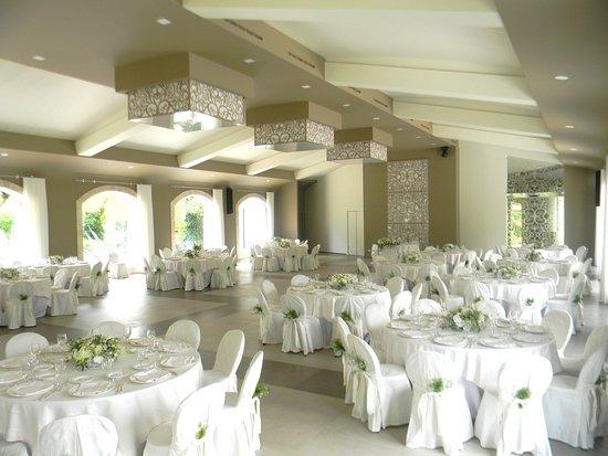Altra visuale della sala  Emozioni di luce  utilizzata per matrimoni pranzi cena e buffet