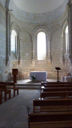 En L'église Ou à L'église : l'église, L'intérieur, église, Église, Sainte-Radegonde, Talmont,, Talmont, Gironde, Tripadvisor